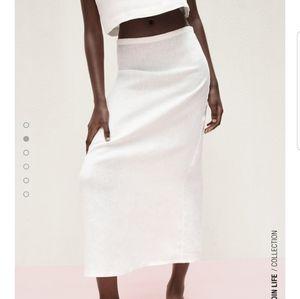 Zara L White long linen skirt midi